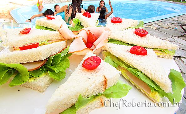 mini_lanches_peito_peru_maionese_acafrao_finger_foods