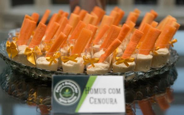 homus_carrot